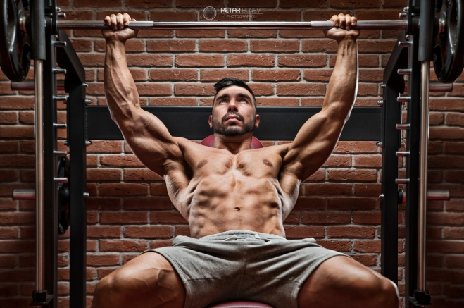 Bodybuilder workout for chest.